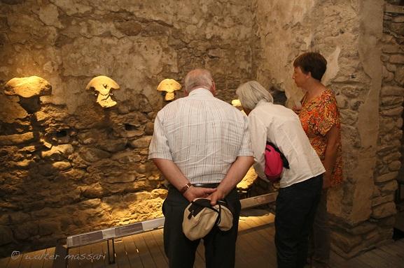 Visitatori_Museo_Statue_Stele_pontremoli